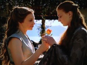 But show Margaery appreciates Sansa for the fine woman she is. Sansa's actress Sophie Turner ships it.