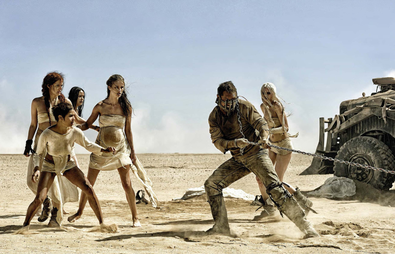 mad-max-fury-road-max-and-the-wives